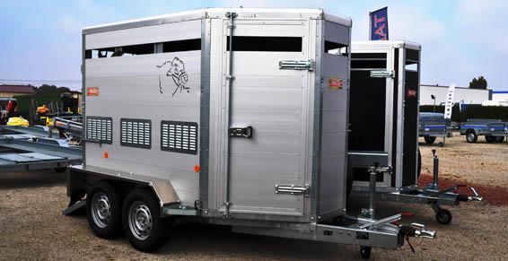 Fabrication et distribution de vans pour bovins