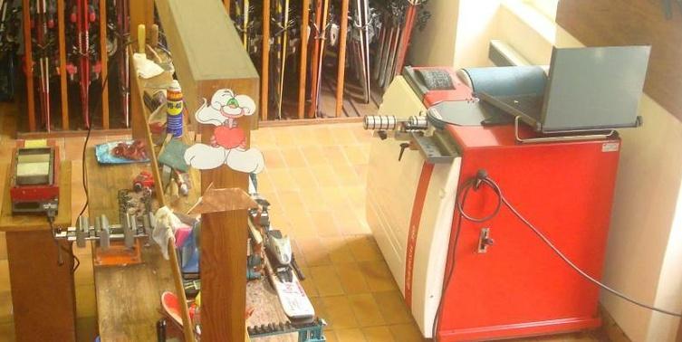 Atelier de réparation et location de skis à Luz Saint Sauveur