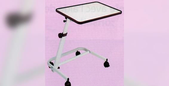 Table de lit sur roues à Château-Chinon