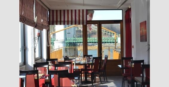 Hôtel, restaurant à Seyssel