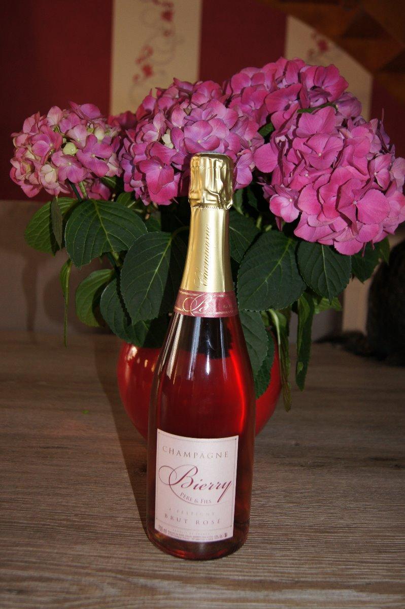 La bouteille de rosé nouvel habillage