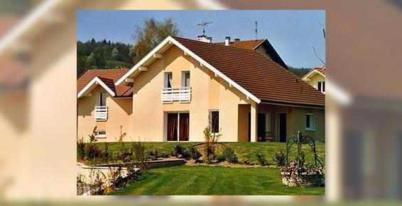 aménagement foncier - Maison avec un grand jardin