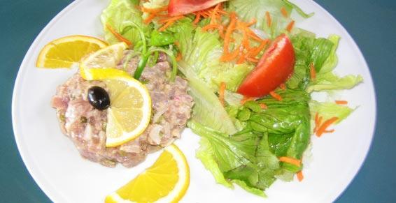 Tartare de thon rouge dans votre restaurant Le Grand Large