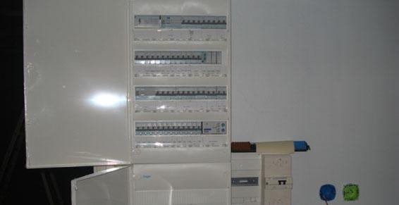 Topelec 63 à Sauxillanges - Panneau de distribution