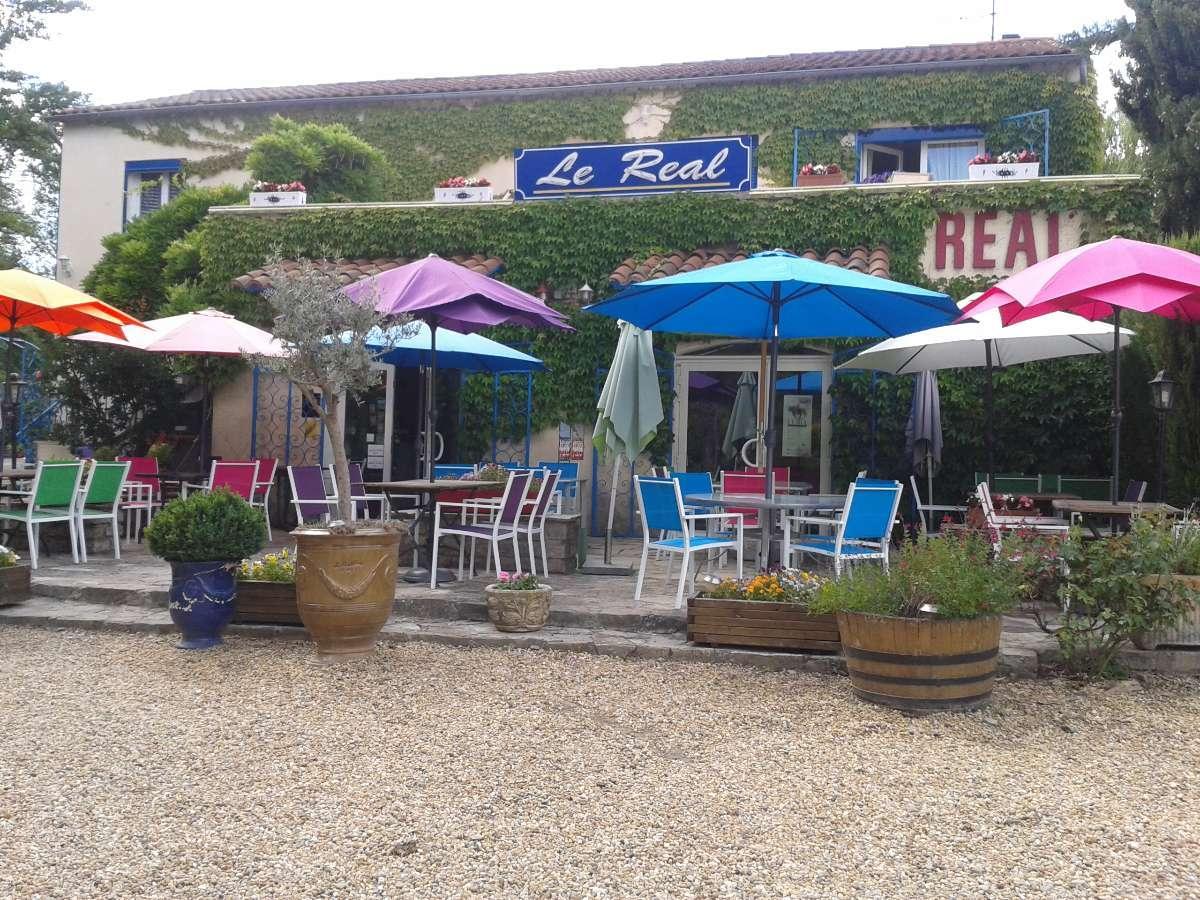 Restaurant Le Réal près d'Alès (30) avec des plats et menus entièrement faits maison