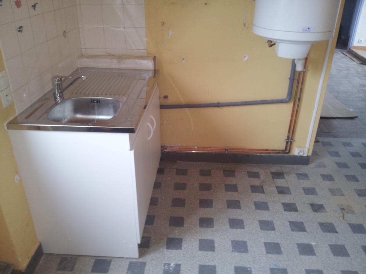 Remplacement évier (après)  fait par votre plombier GIANI à Falaise