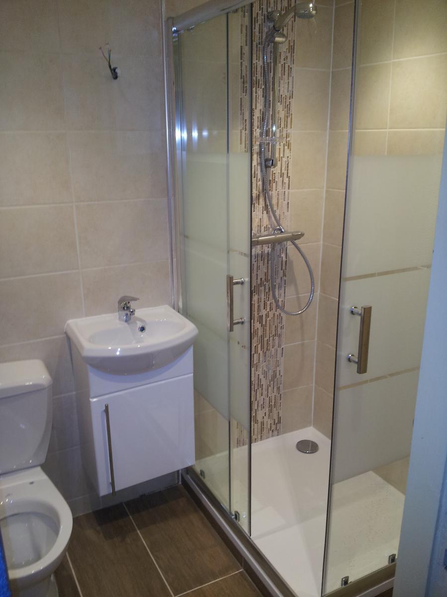 Réhabilitation salle de bains votre plombier GIANI à La Hoguette (14)
