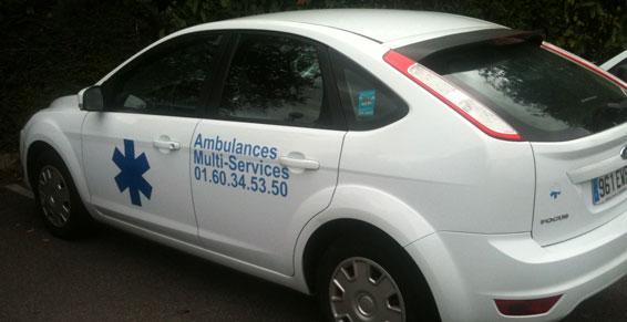 Ambulances Multiservices AMS Combs la Ville - Véhicule léger