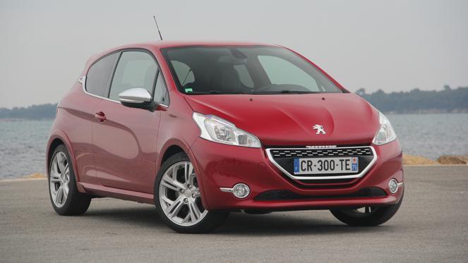 S1-Essai-video-Peugeot-208-GTI-elle-a-bouffe-du-lion-289950