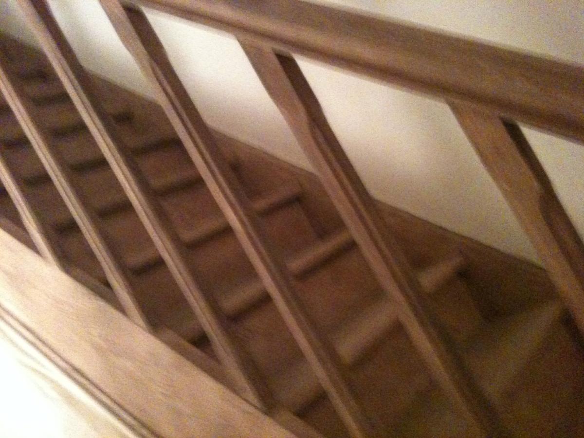 Décapage de rambarde d'escalier - Centre de décapage et dégraissage dans le Nord à Marquette-Lez-Lille
