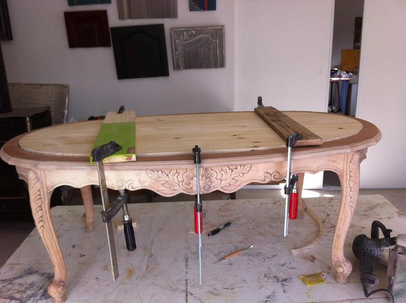 Table en cours de restauration.jpg