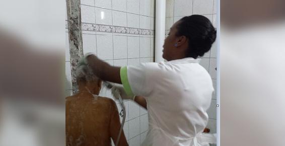 Aide à la toilette - Infirmière au Lamentin en Maritinique (972)