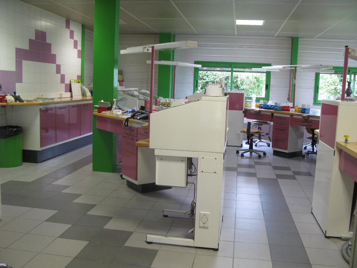 Le Plessis-Bouchard - Prothésistes dentaires