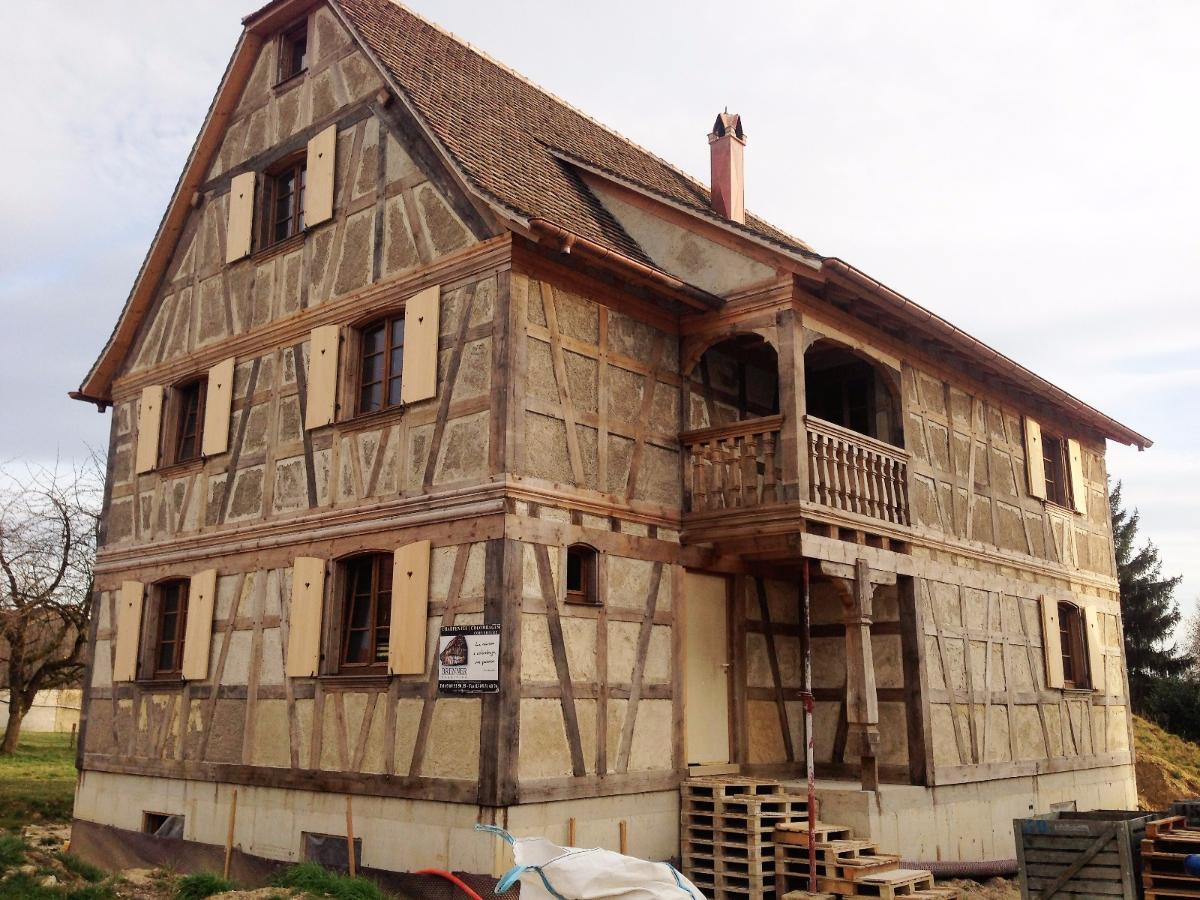 Maison à  colombages en bois neuf à Muespach