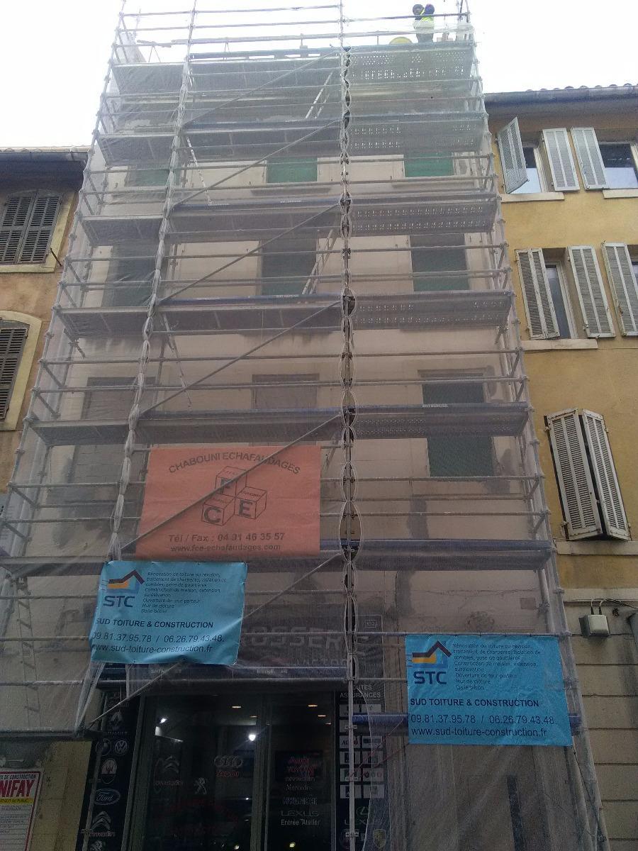 Toiture d'immeuble