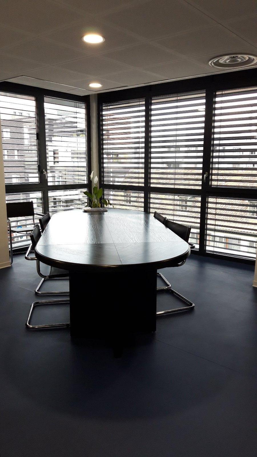 La salle de réunion à Strasbourg