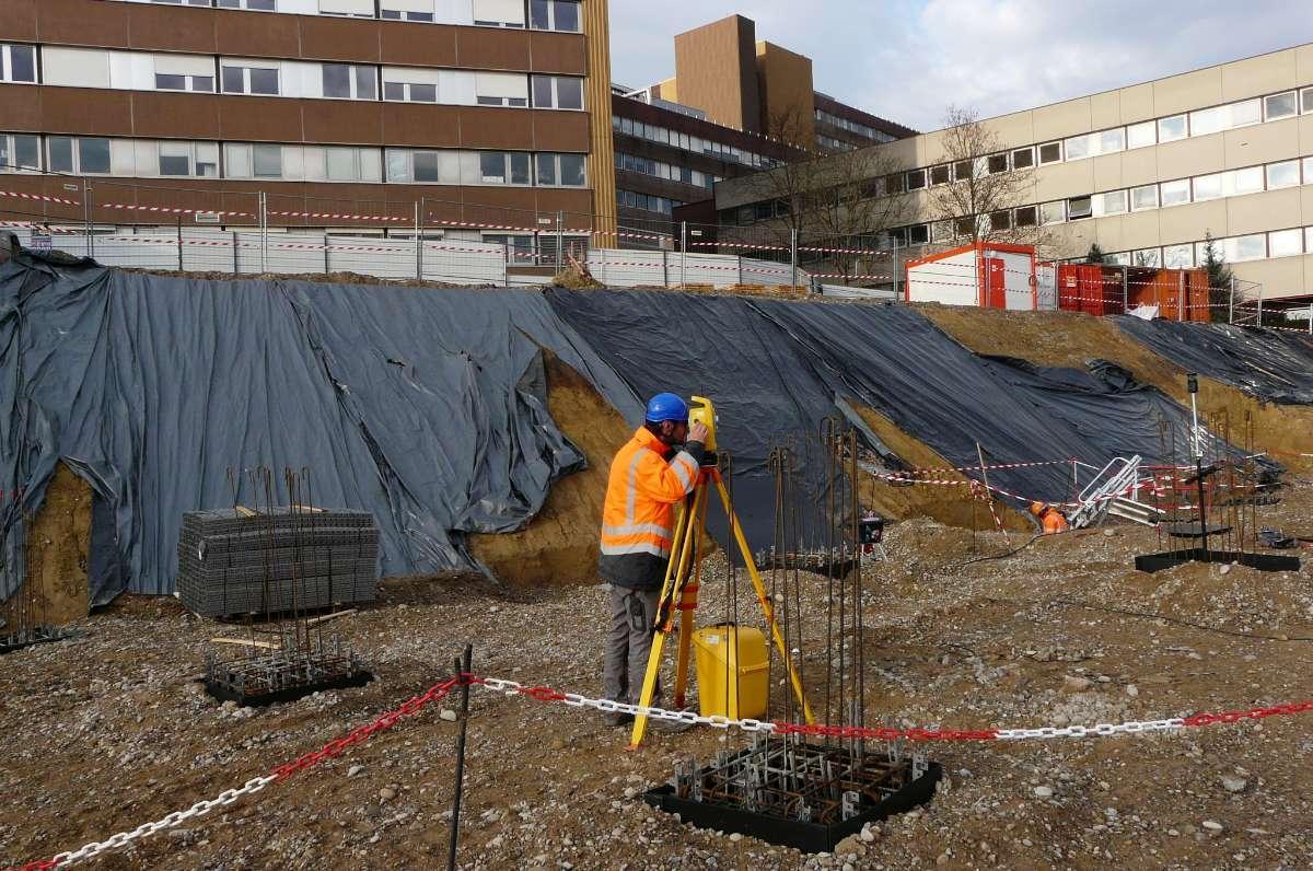 Le cabinet de Géomètre Expert CARBIENER procède à des implantations