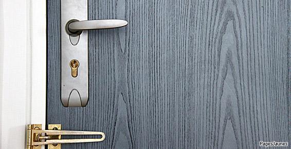 Pose de portes en aluminium en menuiserie à Don