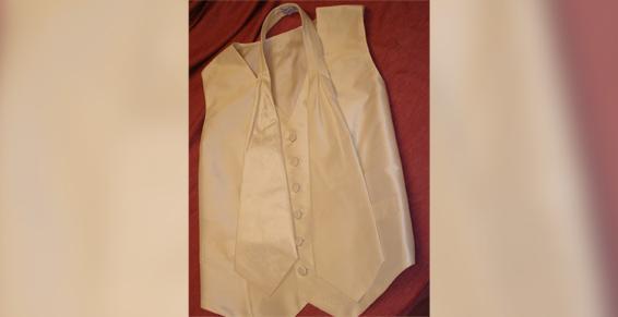 Nous confectionnons des vestes homme pour mariage à Saint-Jean-de-Luz