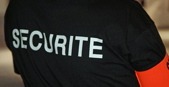 Ancel Philippe. Tee-shirt de sécurité avec brassard.