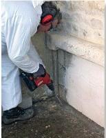trairtement anti termite - barriere injections au sol.JPG