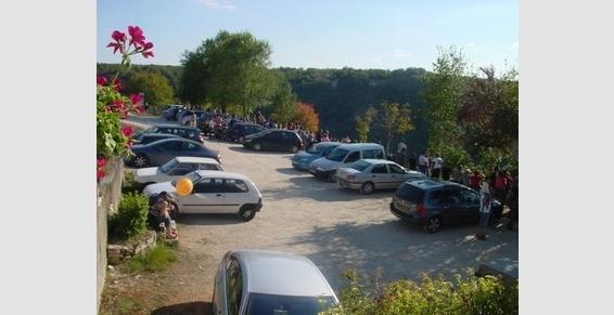 Parking de l'esplanade, restaurant-crêperie à Rocamadour