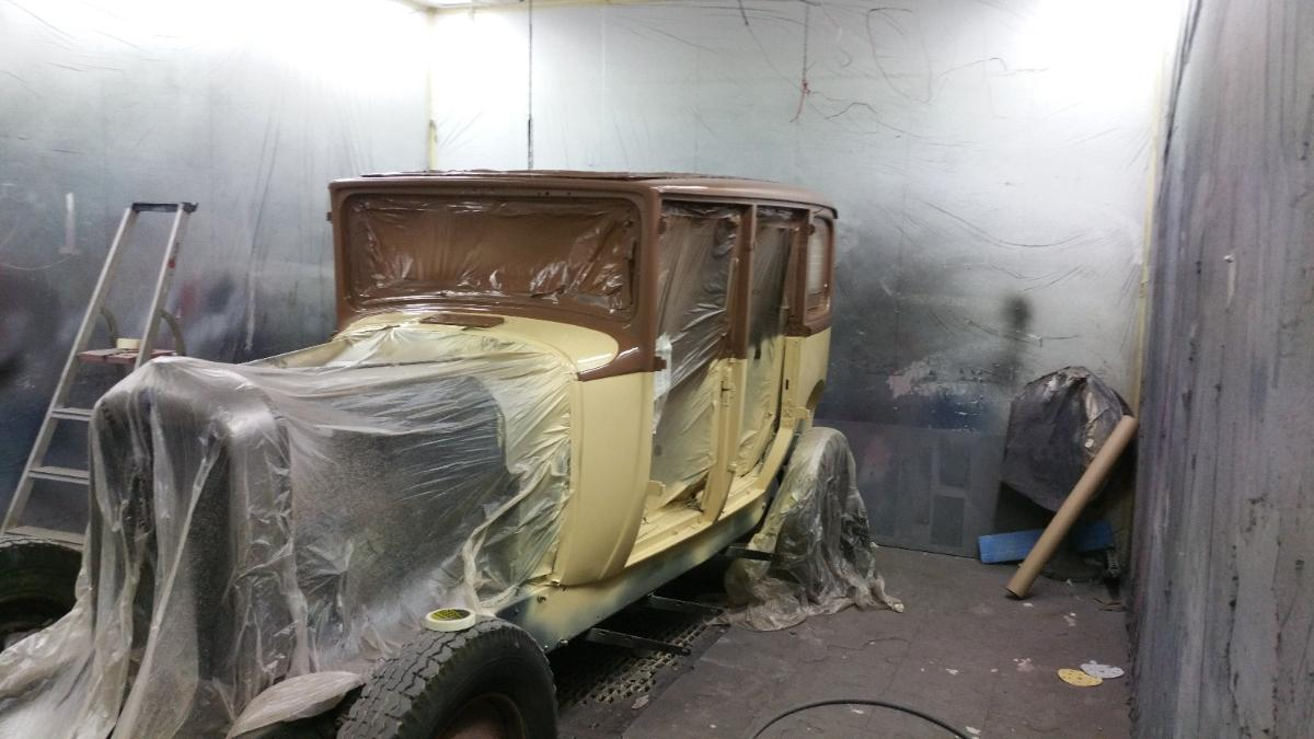 citroen C4 1921 en cours de rénovation
