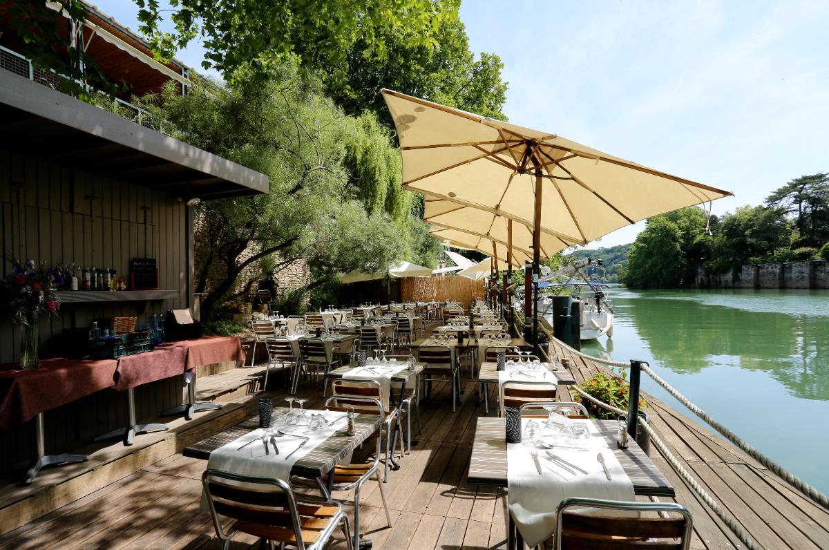 Ponton en bord de Saône