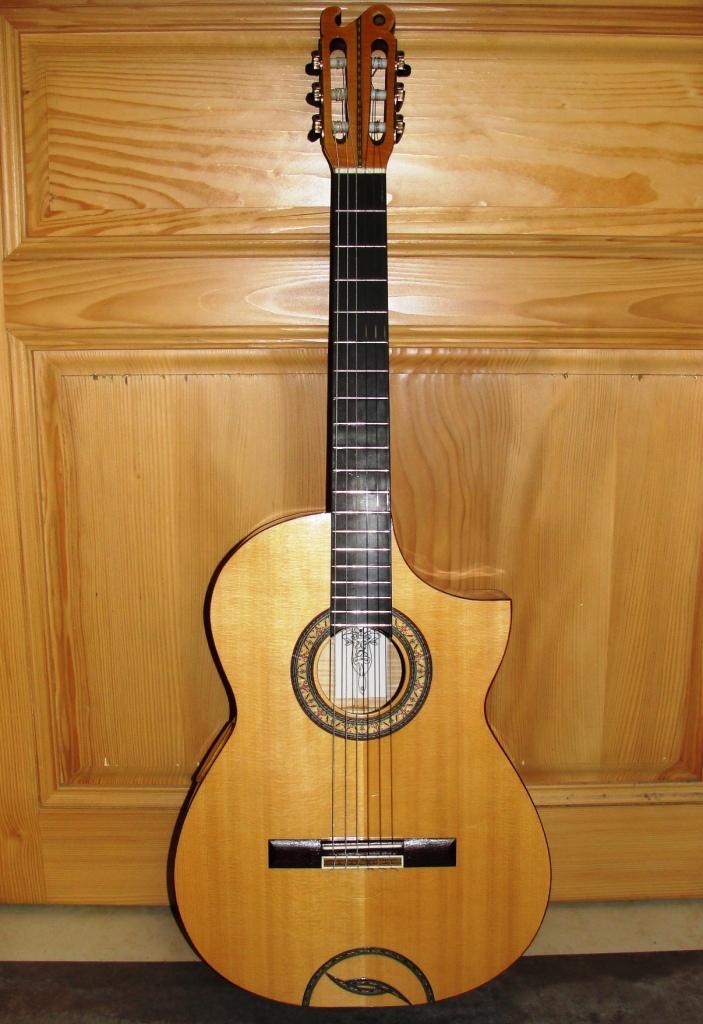 Guitare SIMON Th. CG6