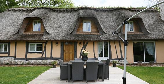 A Bourgtheroulde, ravalement de façade