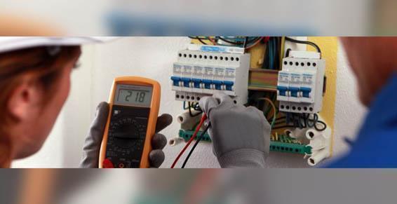 Entretien des installations électriques par Alain Père et Fils