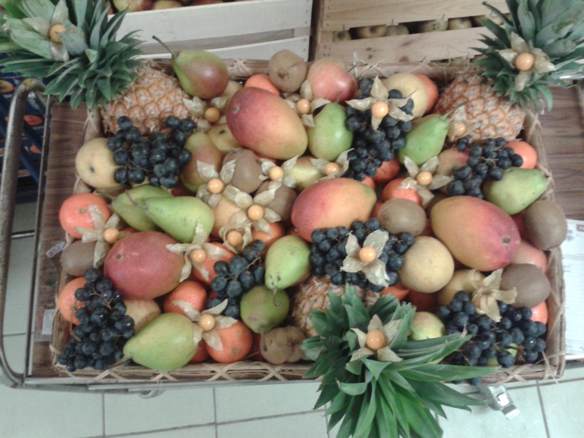 Panière de fruits proposée par Rebatet Fruits Drôme Ardèche