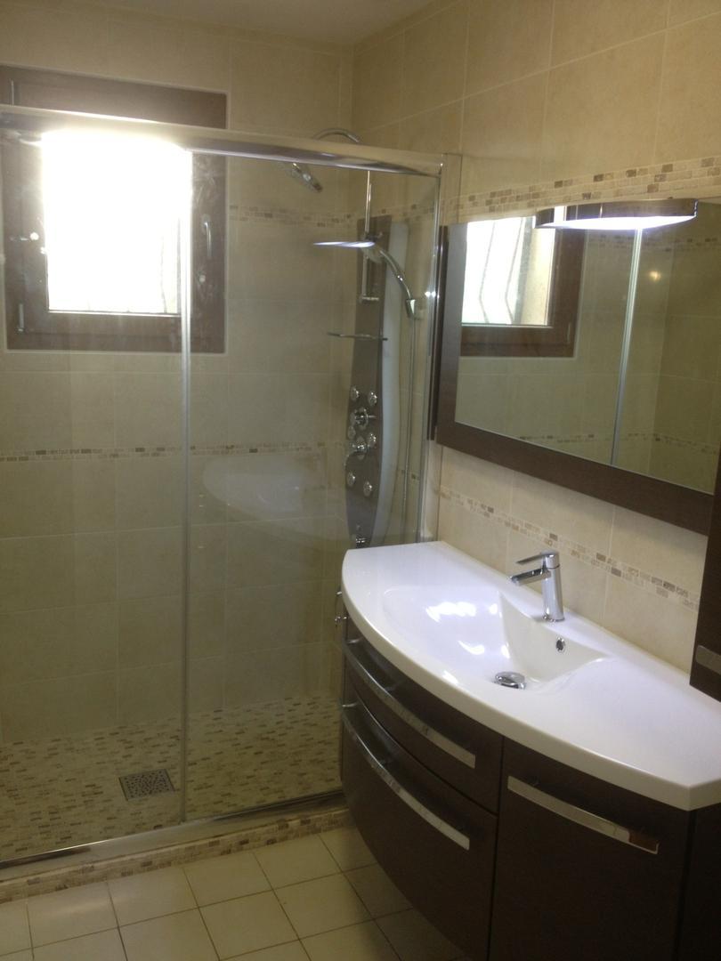 Meible de salle de bains installé par Amg' Thermique à Saint-Avertin en Indre-et-Loire (37)